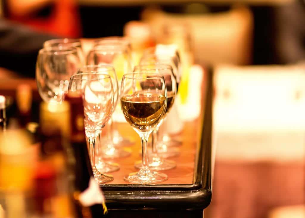 青山一丁目の男女100人規模で密着度98%のカオスなパーティに行ってきた話。